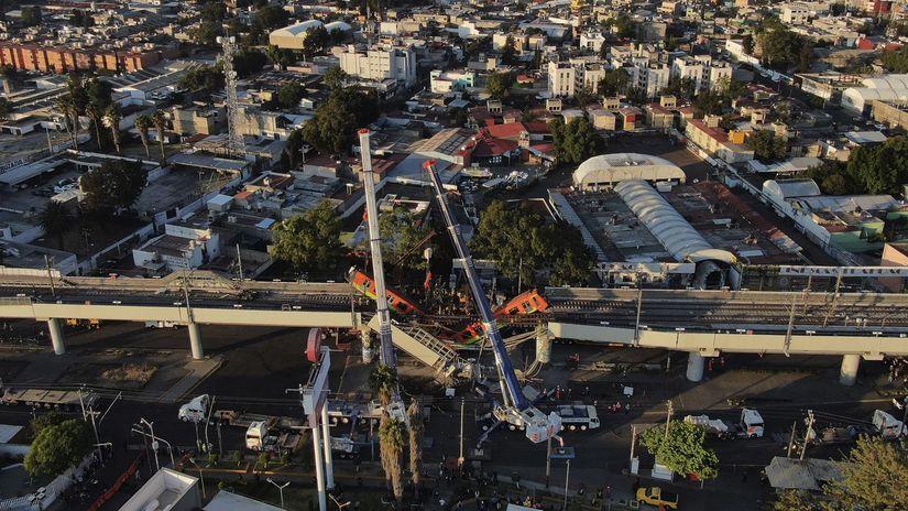 Mexiko most metro zrútenie obete