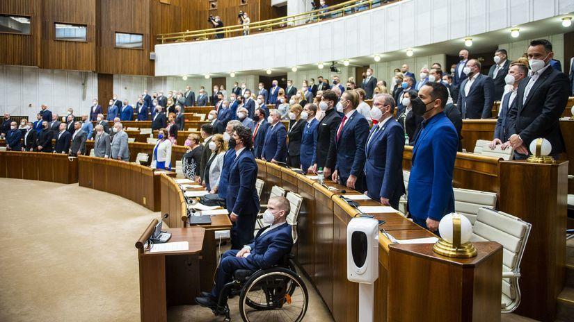 poslanci, parlament