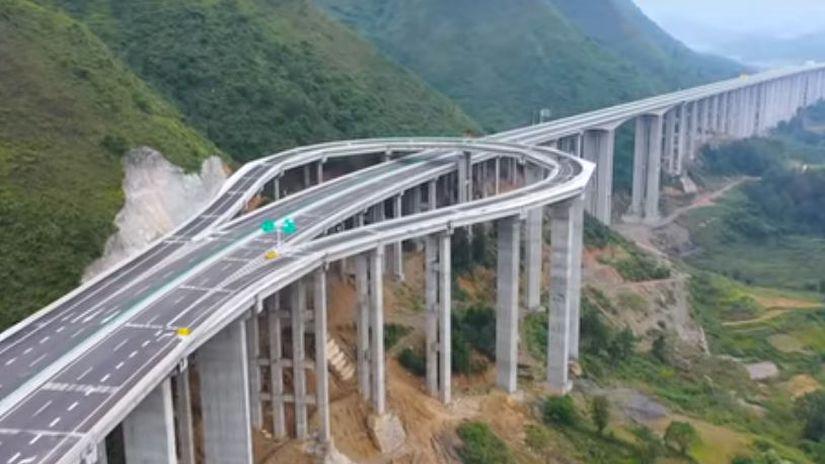 Čína - diaľničná obrátka