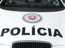 polícia, policajné auto, policajti