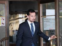 Baránek: Šeliga a Žitňanská mali odísť z parlamentu, Droba z postu župana