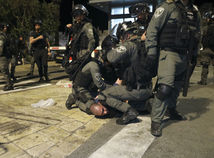 Izrael, Palestínčania, Jeruzalem, potýčky, zranení