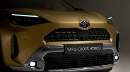 YARIS CROSS 3, PR článok, reklama ,nepoužívať