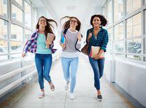 študentky, meškanie, beh, škola