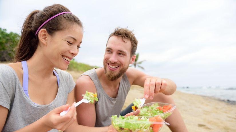 pár, manželia, radosť, zdravá strava, šalát
