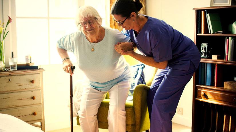 sestrička, opatrovanie, dôchodkyňa, pomoc