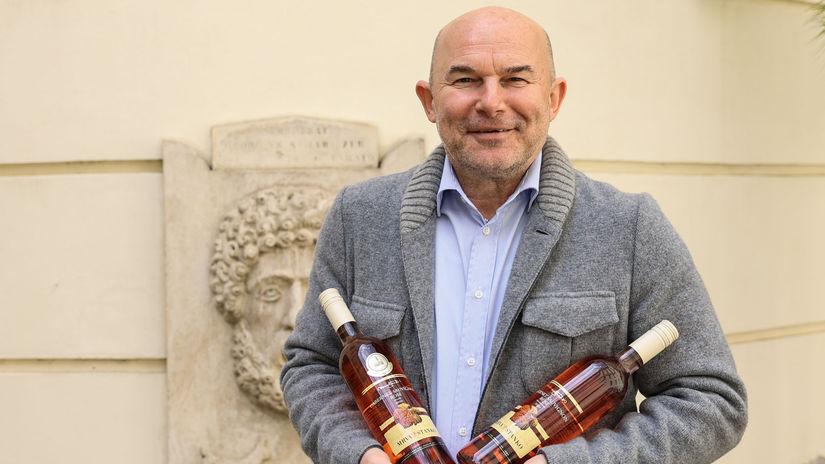 Vladimír Mrva, víno, salón vín