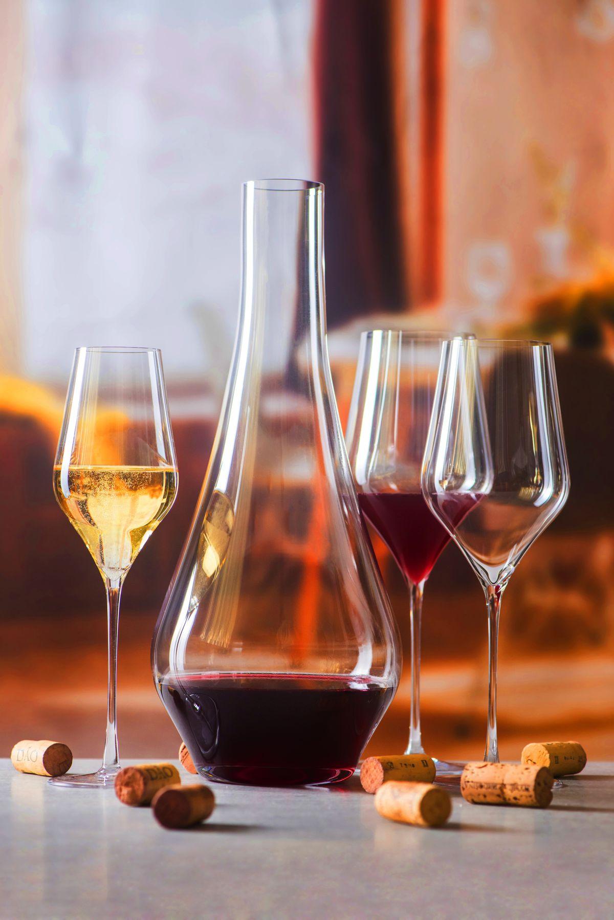 Svet uznáva slovenské sklo a víno.