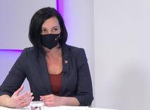 Eva Šablová, Ide o peniaze