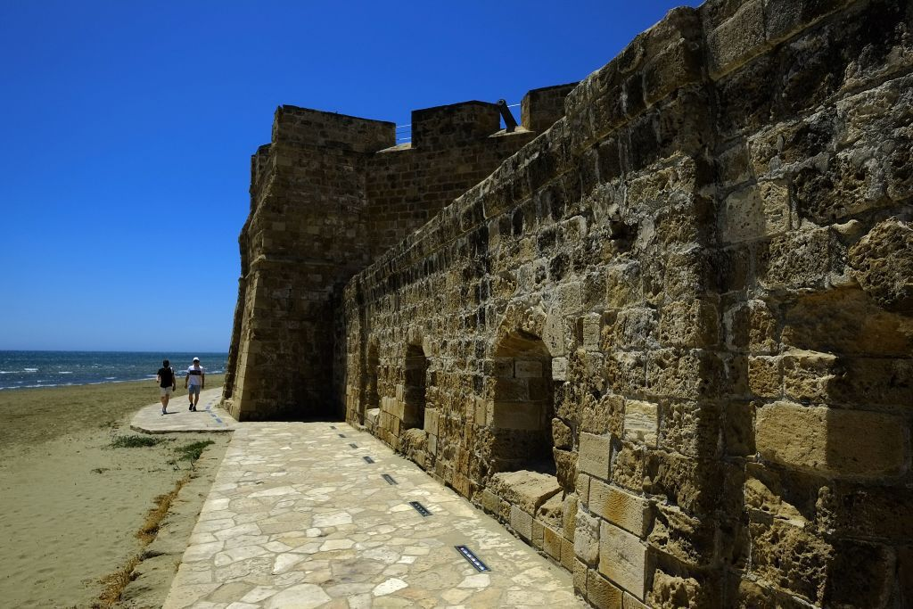 Cyprus, hradby, Larnaca, Larnaka