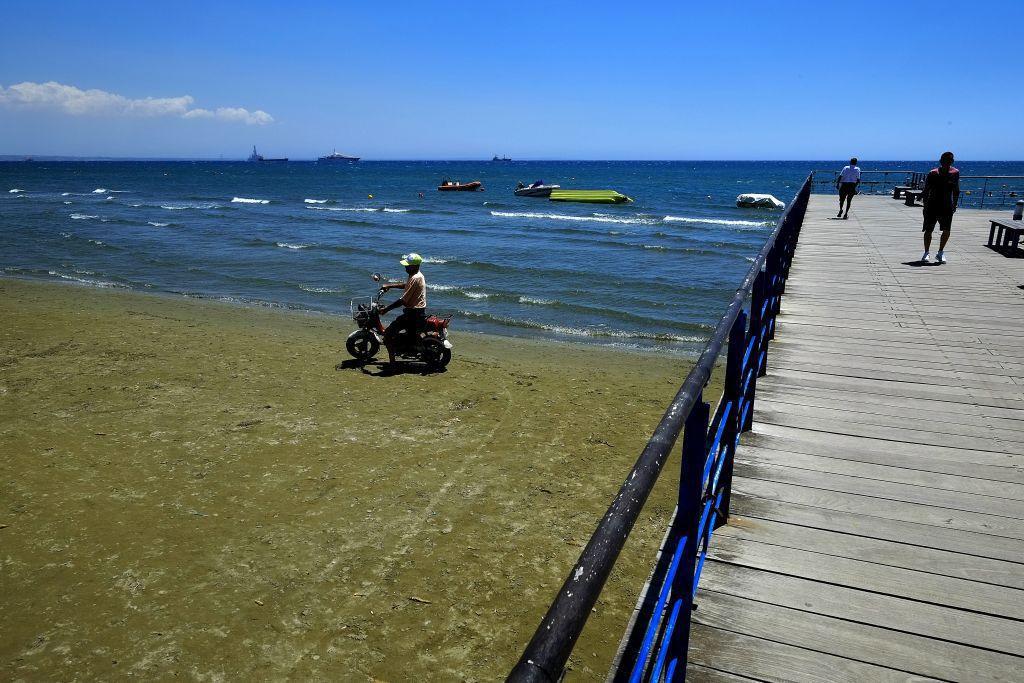 Cyprus, pobrežie, dovolenka, more, motorka, more pláž