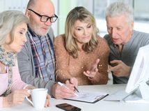 kolegovia, skupina, tím, spolupráca, pracujúci penzisti, rozmýšľanie, písanie