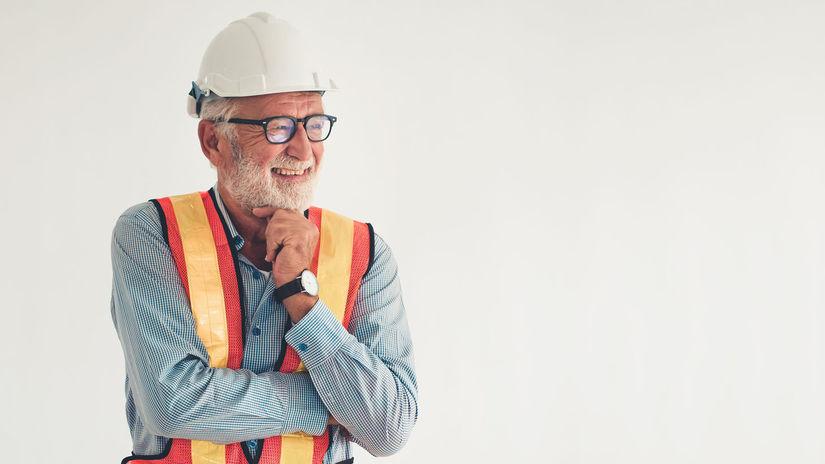 muž, bezpečnosť, pracujúci penzisti, rozmýšľanie