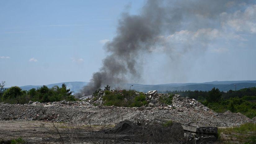 požiar odpad Budmerice skládka
