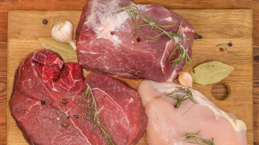 surové mäso