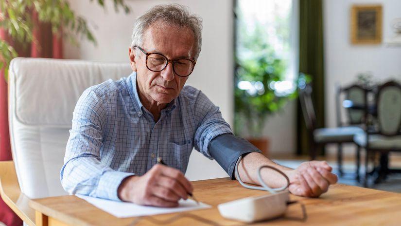 muž, senior, tlak, meranie tlaku