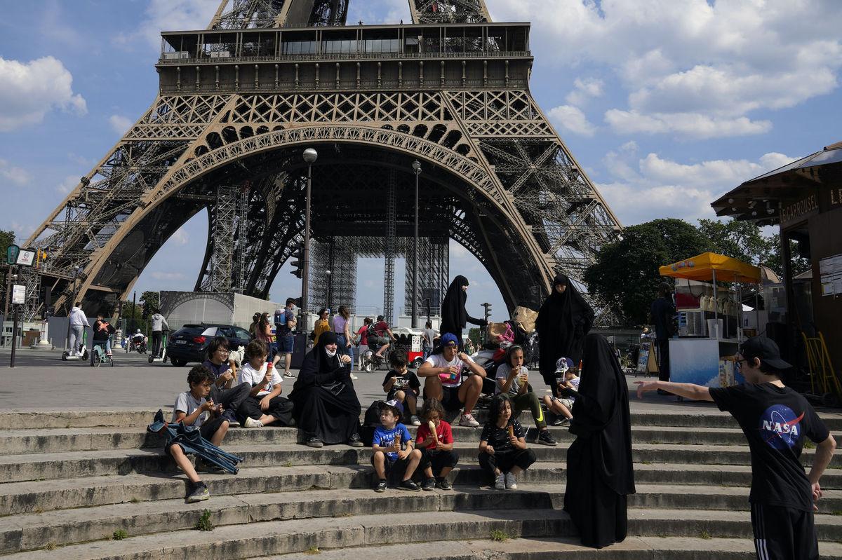 Francúzsko, koronavírus, turistika