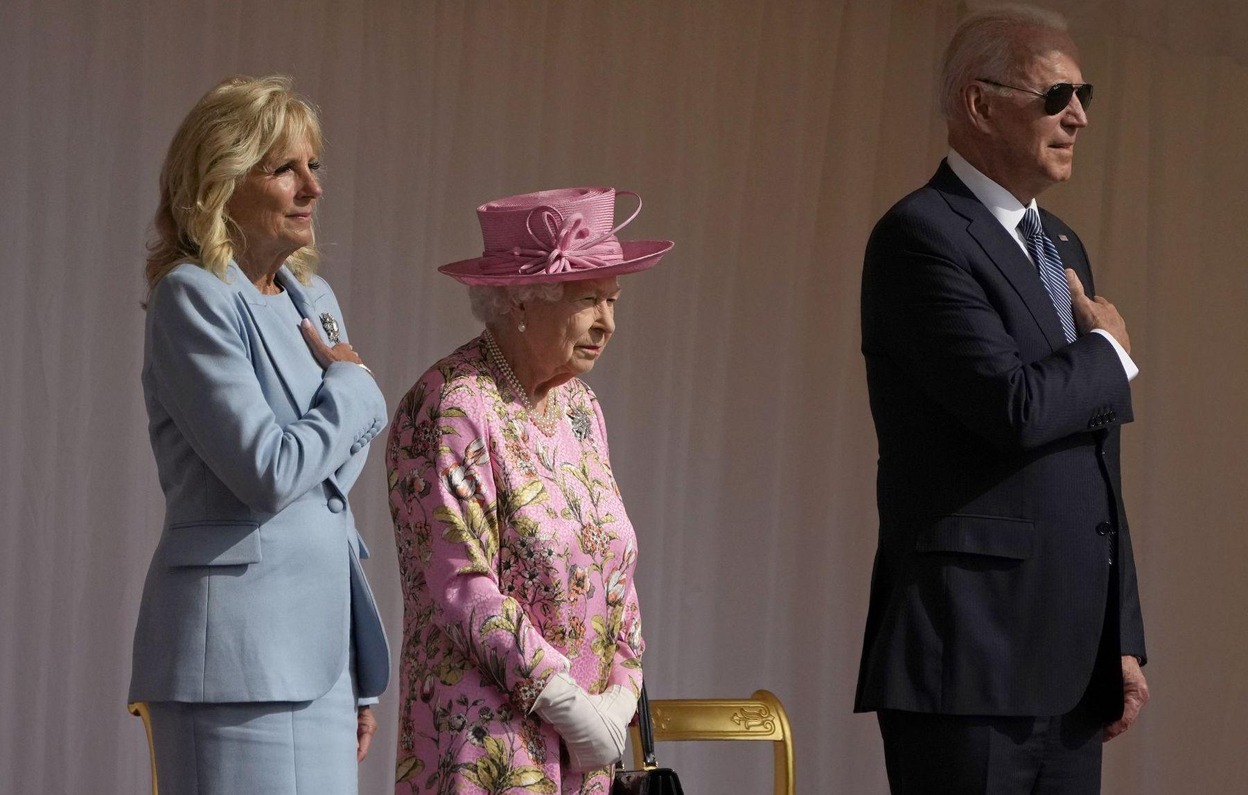 Biden kráľovná alžbeta
