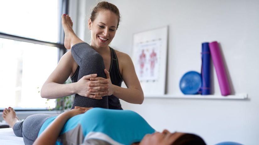 fyzioterapeutka, cvičenie, rehabilitácia,...