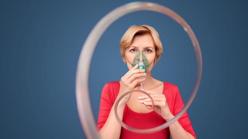 žena, maska, inhalačná maska, dýchanie, ŤZP