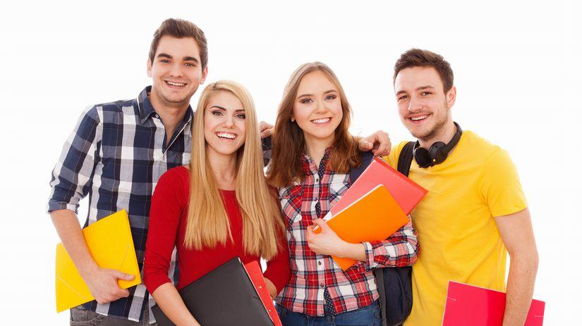 študenti, štúdium, kamaráti, spolužiaci, partia