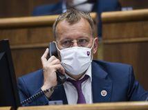 Kam sa stratil z parlamentu Boris Kollár? Podľa Fica zmizol na dovolenku
