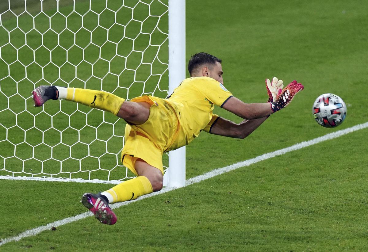 APTOPIX Britain England Italy 2020 Soccer Donnarumma