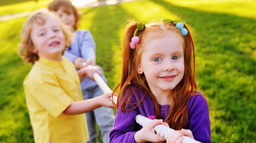 deti, hra, deň detí, priateľstvo, prázdniny, tábor