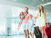 leto, dovolenka, letisko, rodina, cestovanie