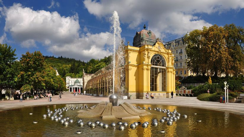 20-Marianske lazne-Zpivajici fontana a kolonada...
