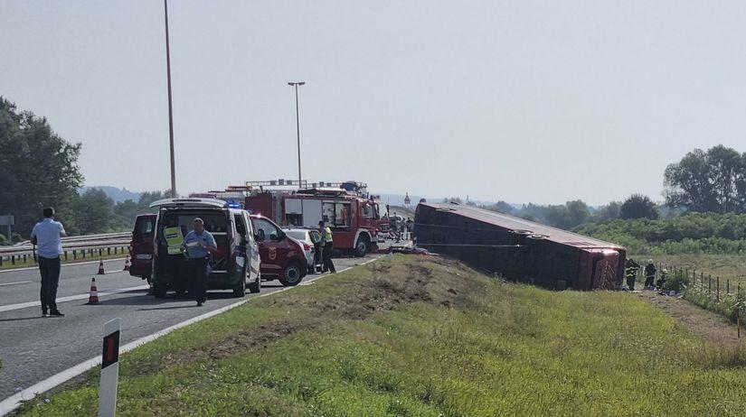 Chorvátsko, autobus, nehoda, obete, zranení