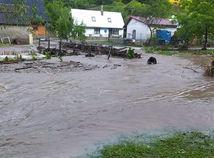 Bleskové povodne spôsobili vo Valaskej Belej státisícové škody