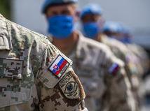 Vojakom, ktorí sa odmietnu dať zaočkovať, hrozí Naď až vyhadzovom