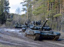 Belarus, Minsk, vojenské cvičenie, ruské tanky