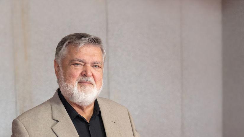 Peter Dvorský,