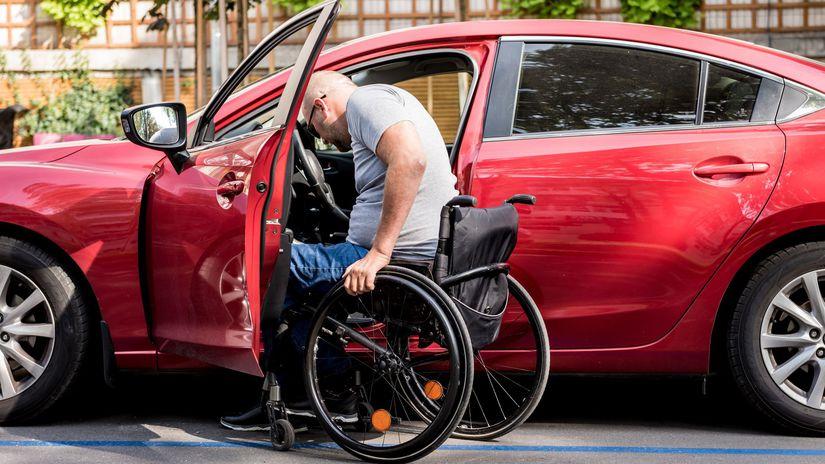 invalidný vozík, auto, ťzp, invalid