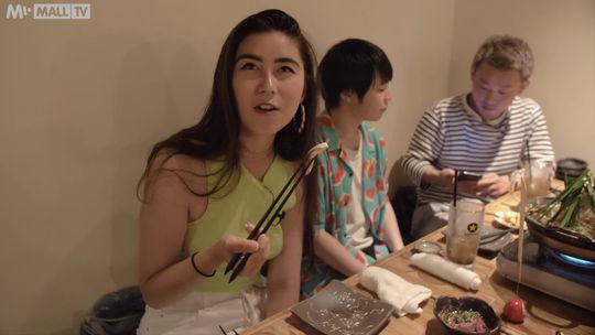 mall tv, Naomi v Japonsku, karaoke