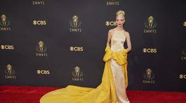 Herečka Anya Taylor-Joy v kreácii Christian Dior Couture.
