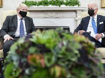 Boris Johnson / Joe Biden /