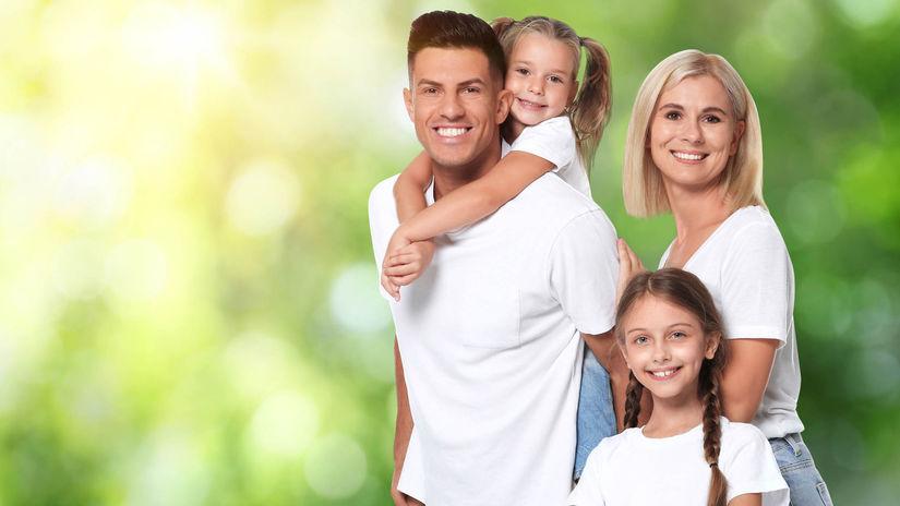 rodina, rodičia, deti, úsmev