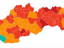 Od pondelka je päť okresov v bordovej farbe, zelená je iba Dunajská Streda