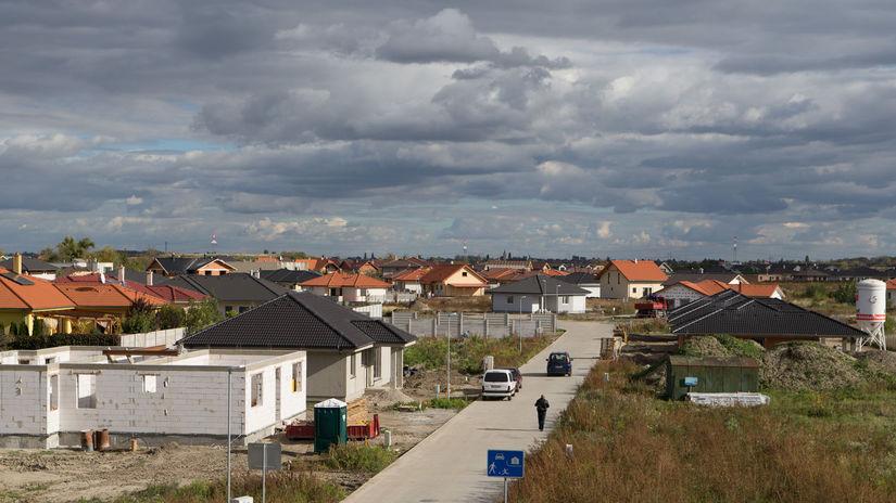 obec Malinovo, bývanie