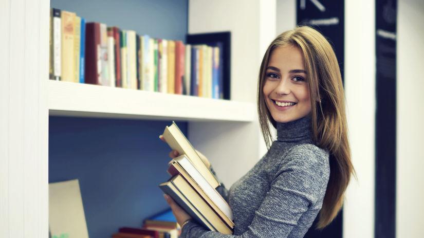 knihy, žena, upratovanie
