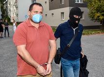 Vyšetrovateľa NAKA Pavla Ďurku opäť obvinili