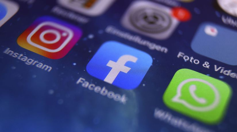 Facebook / WhatsApp / Instagram /