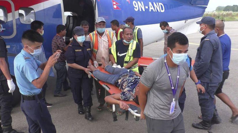 Nepál autobus havária mŕtvi zranení vyšetrovanie