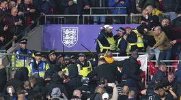 Polícia, maďarskí fanúšikovia
