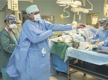 lekár, sestrička, operácia